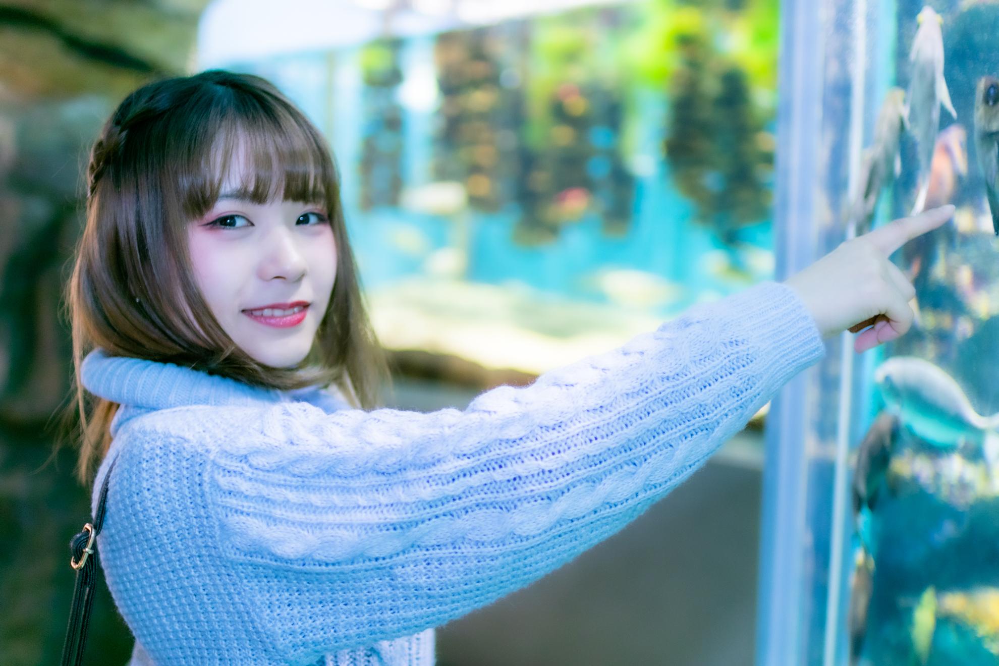 海の杜水族館での卯月紅葉さんの写真